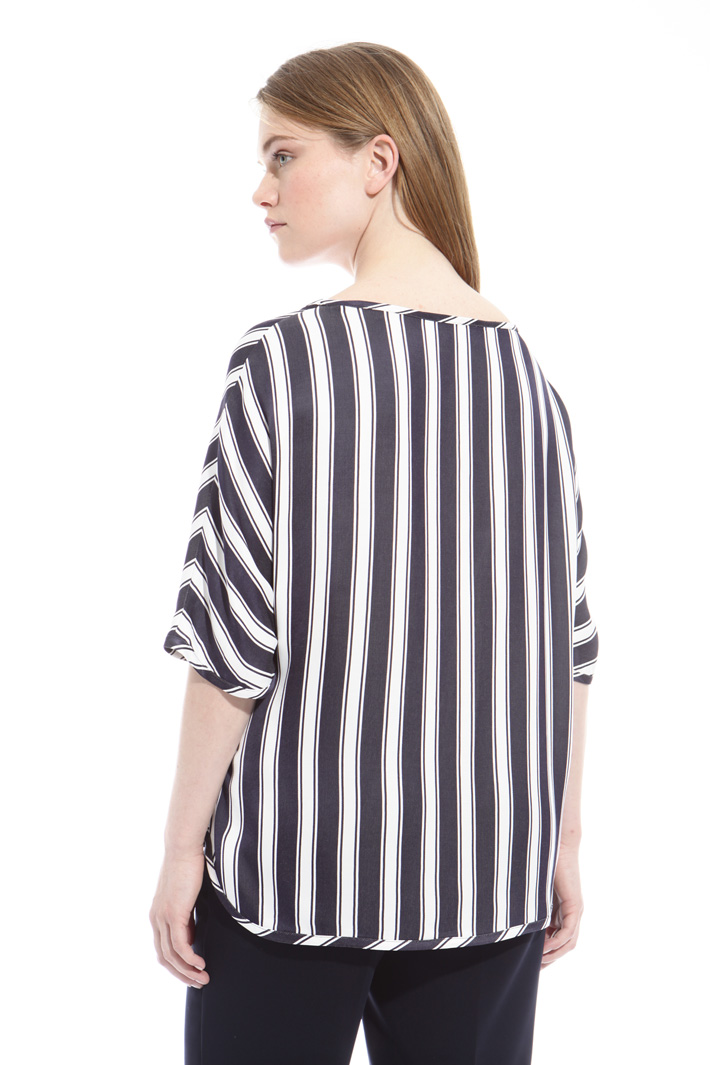 Blusa in viscosa fluida Intrend