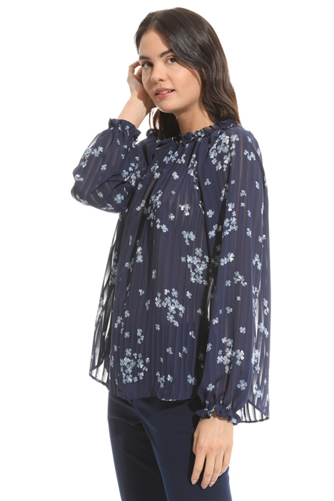 Blusa in tessuto crepe Intrend