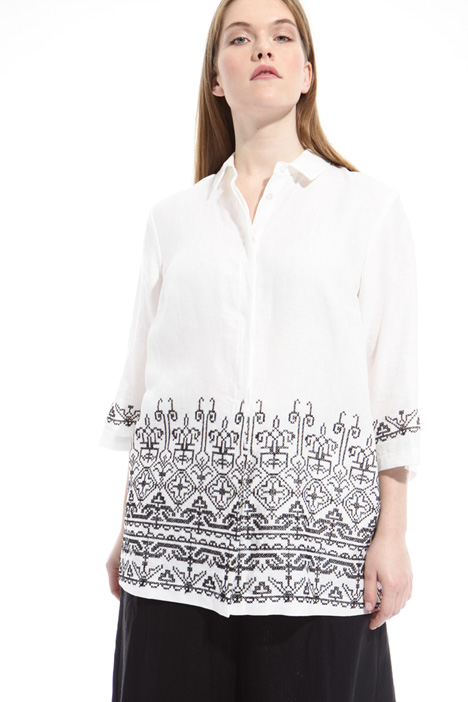 Shirt with embroidery Intrend