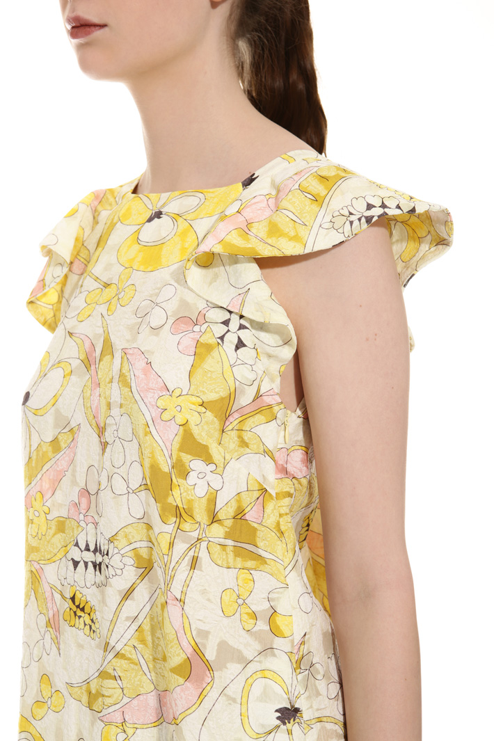 Ruffle sleeve blouse Intrend