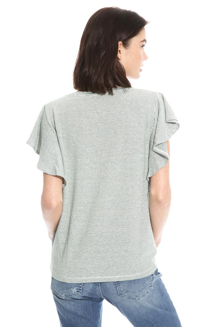 T-shirt con maniche volant Intrend