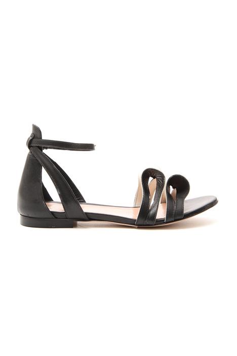Sandalo flat con fiocchi Intrend