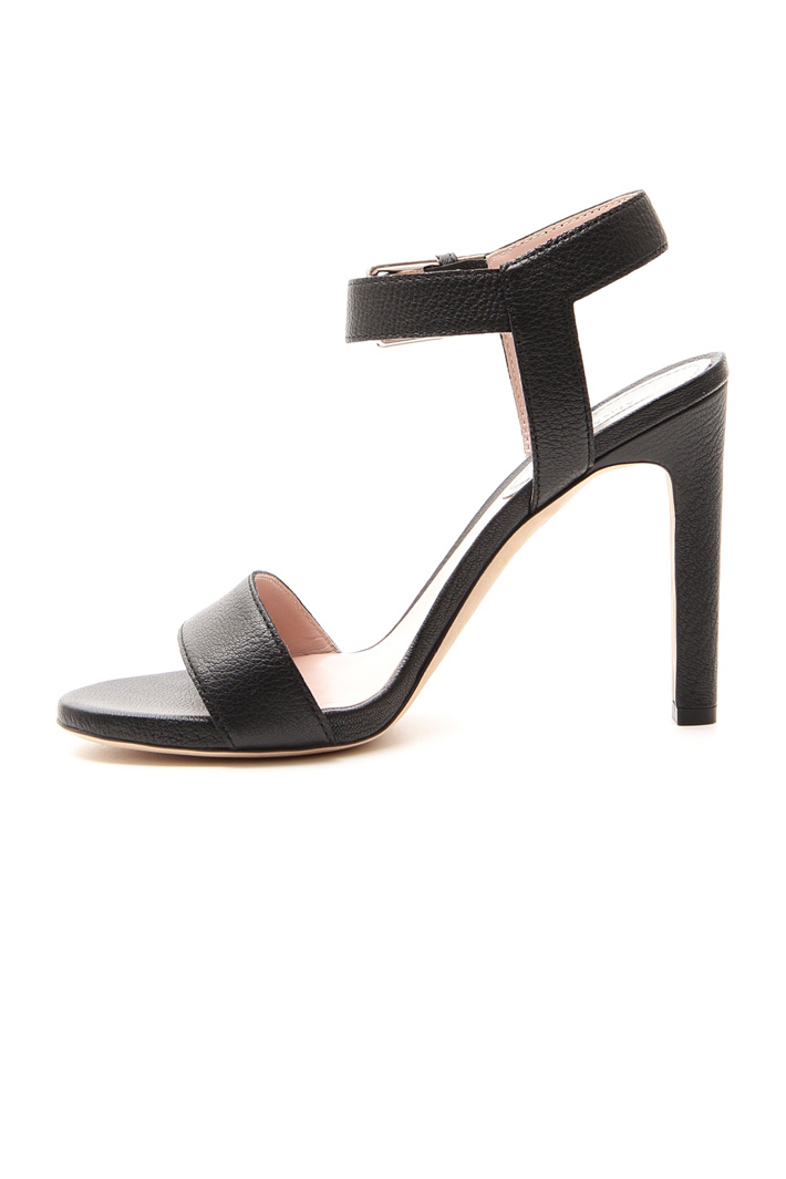 Tumbled leather sandals Intrend