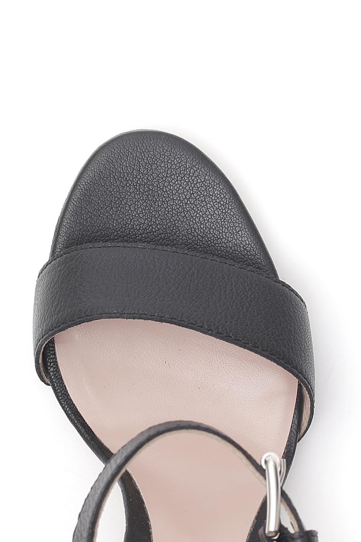 Sandalo in pelle bottalata Intrend