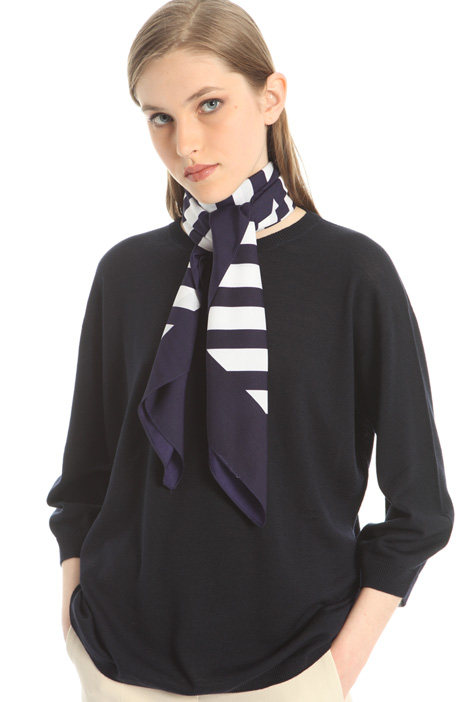 Oversized printed foulard Intrend