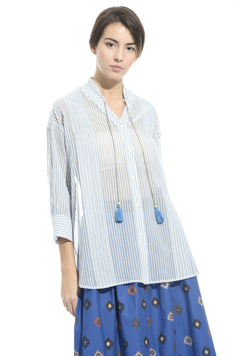 Camicia con nappine Intrend