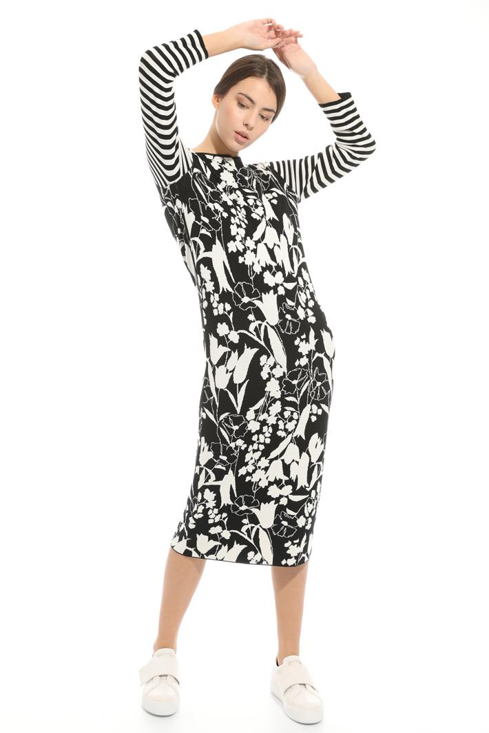Mix pattern dress Intrend