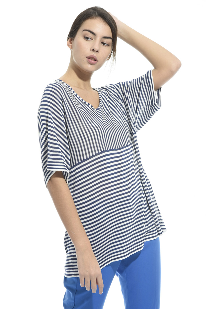 T-shirt over in viscosa Intrend