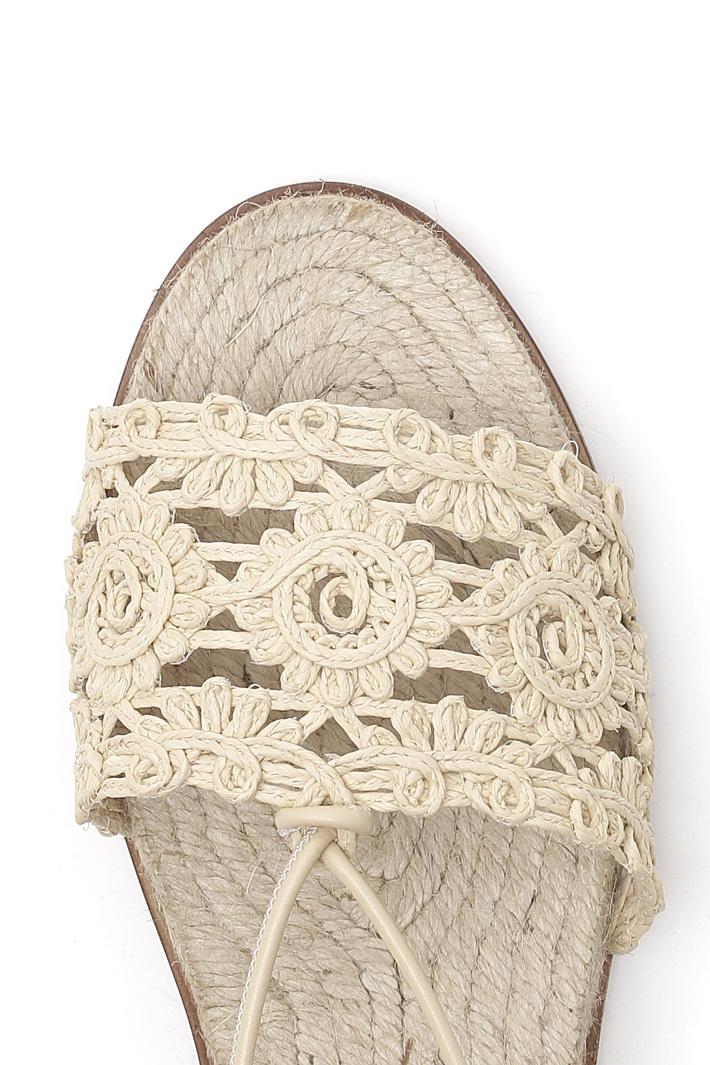 Sandalo flat effetto crochet Intrend