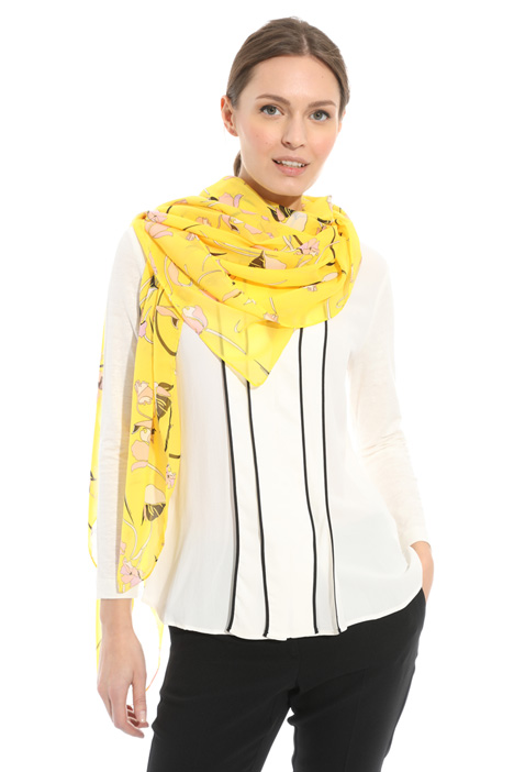 Floral pattern scarf Intrend