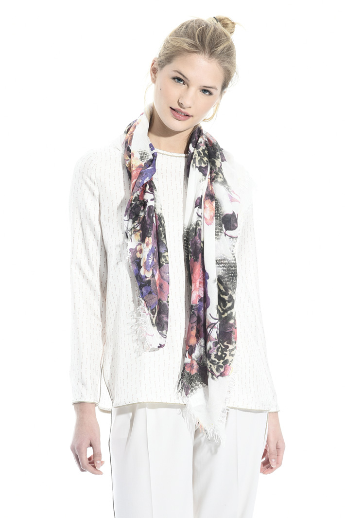 Fancy print scarf Intrend