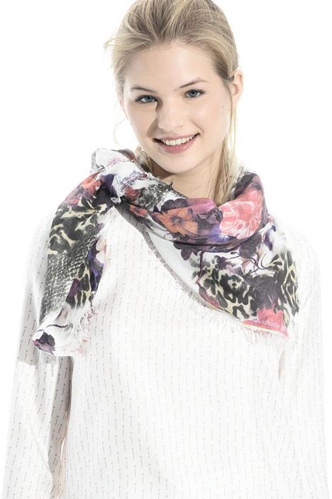 Fancy print scarf Intrend