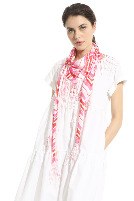 Printed triangle scarf Intrend