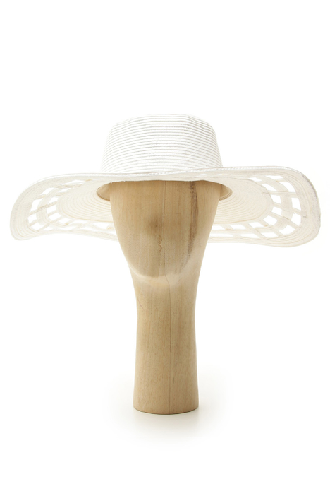 Perforated brim hat Intrend