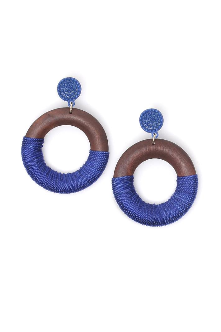 Wood disc earrings Intrend