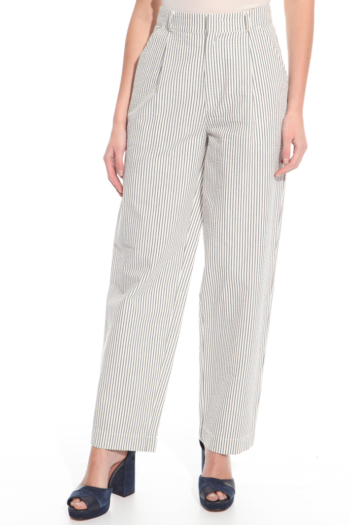 Seersucker trousers Intrend