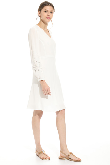 Perforated detail dress Intrend