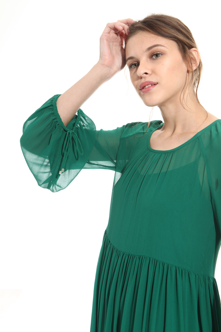 Soft and wide silk dress  Intrend