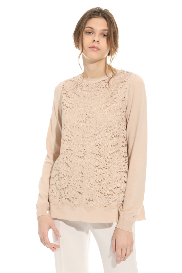Sweater and macrame top Intrend