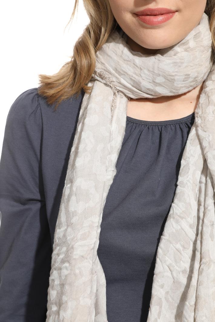 Light jacquard scarf Intrend