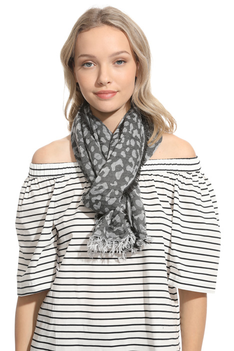 Light jacquard scarf Intrend