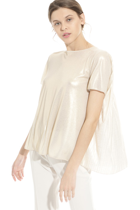 Pleated back T-shirt Intrend