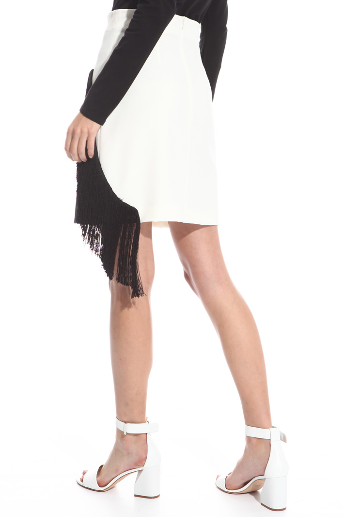 Embroidered skirt with fringes Intrend