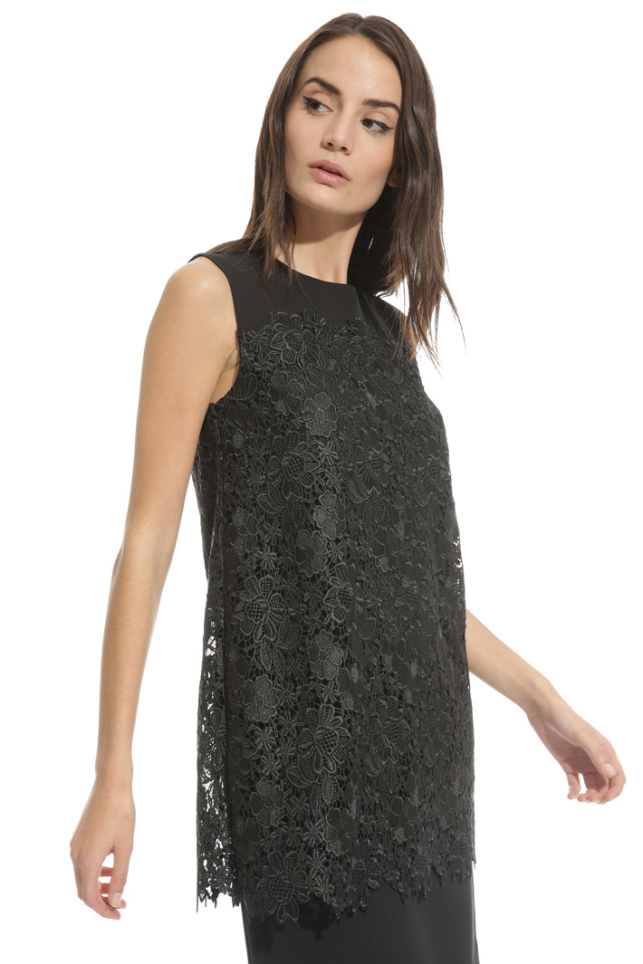 Sleeveless macramé dress Intrend