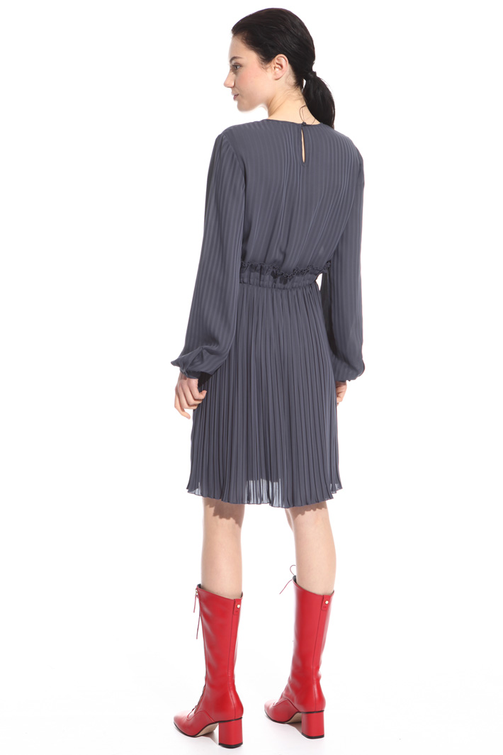 Pleated dress Intrend