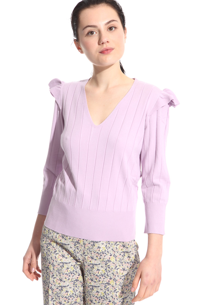 Flounced shoulder sweater Intrend