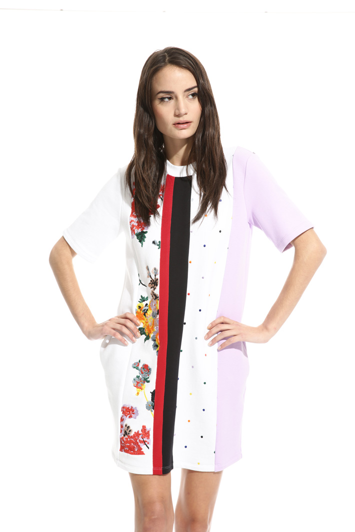 Embroidered fleece dress Intrend