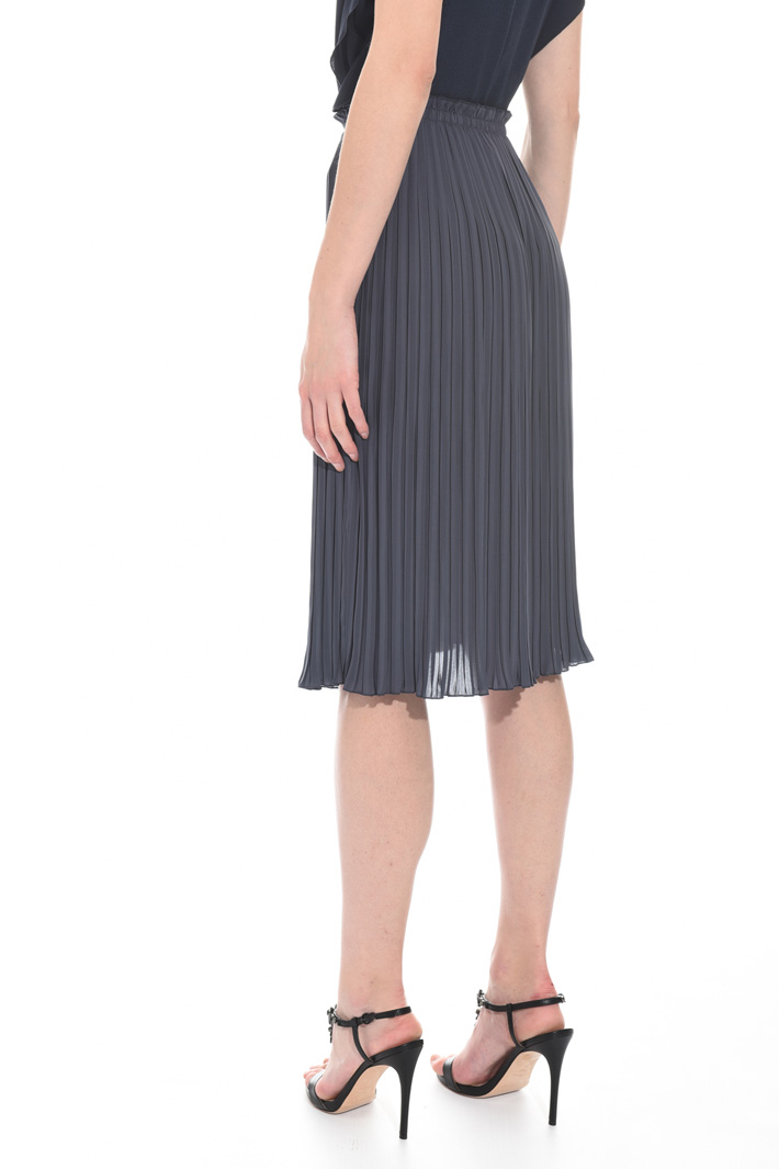 Fluid pleated skirt Intrend