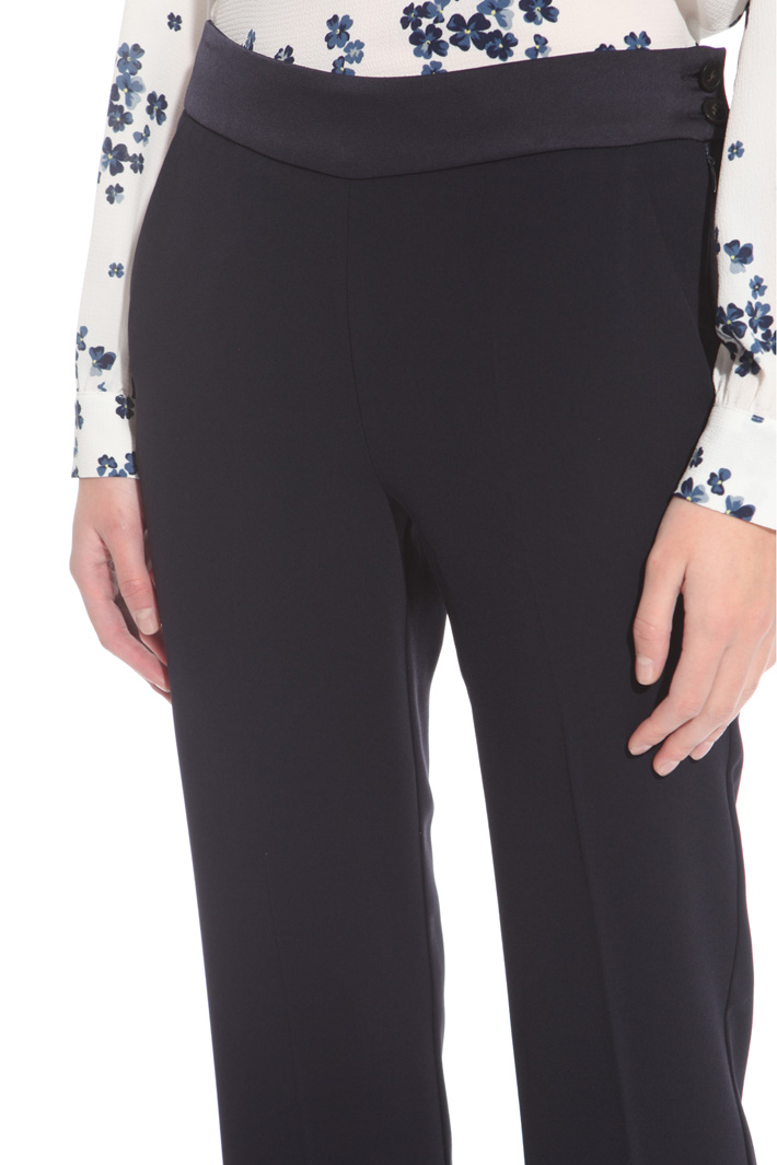 Pantalone in enver satin Intrend