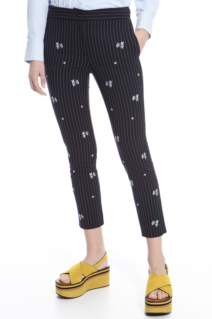 Embroidered canvas trousers Intrend