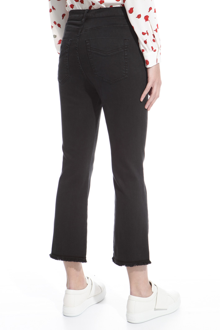 Fitted fringed trousers Intrend