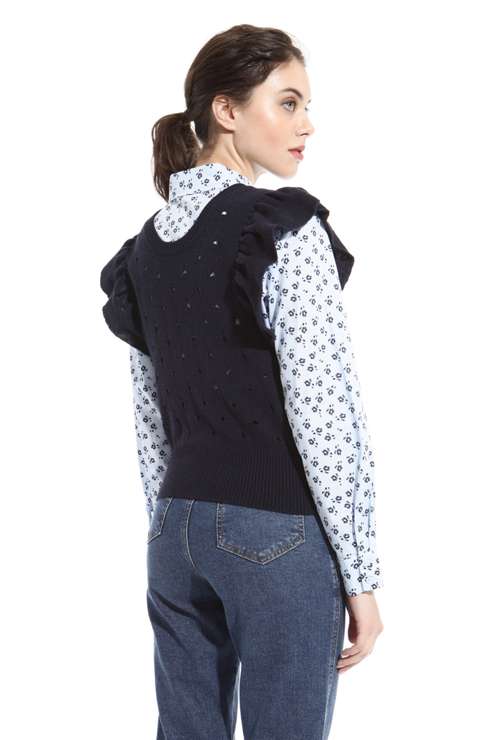 Perforated wool gilet Intrend