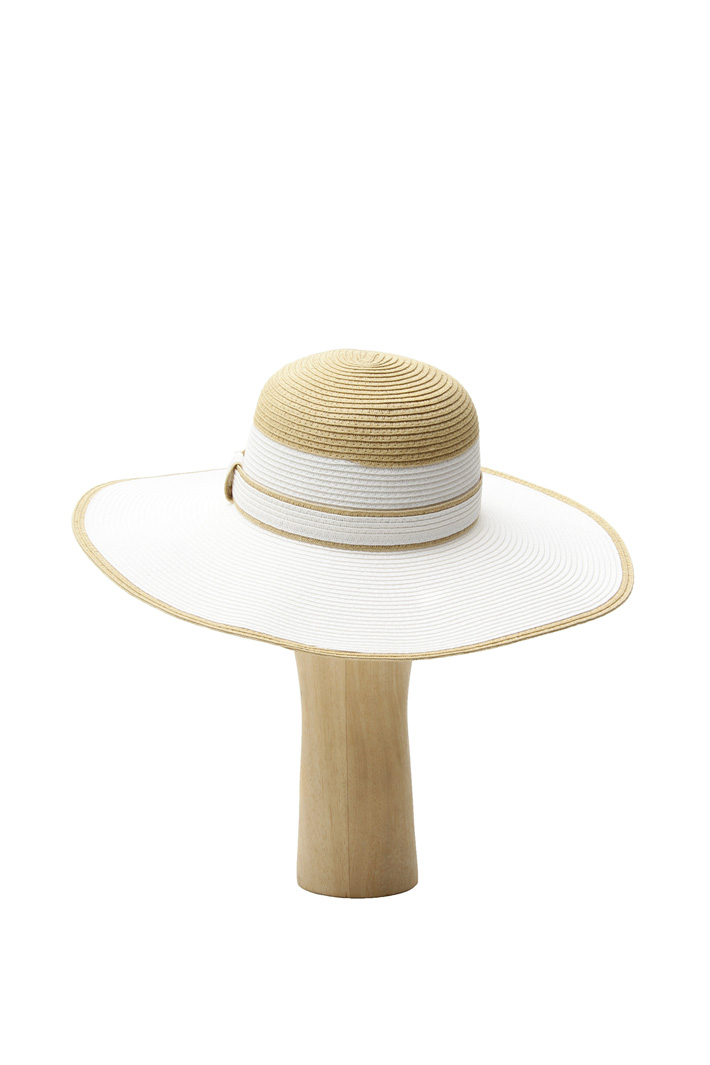 Oversized hat Intrend