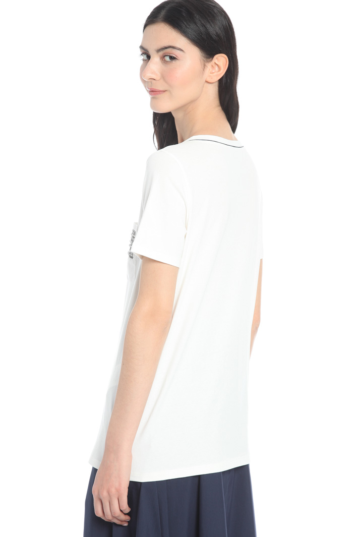 T-shirt in jersey con ricamo Intrend