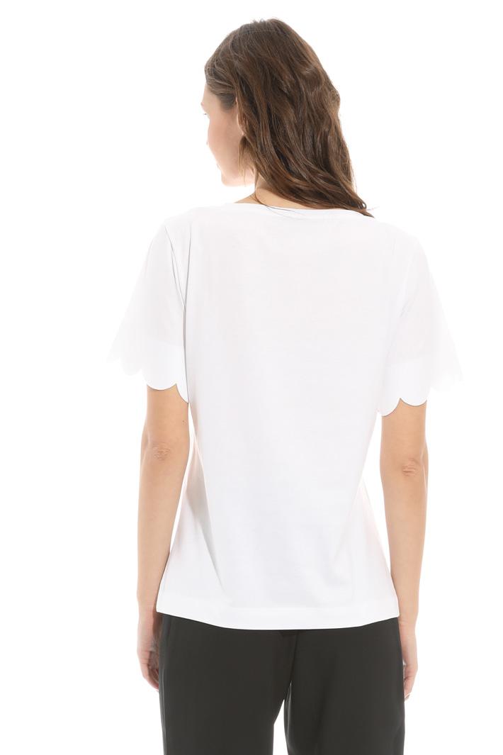 Scalloped hem T-shirt Intrend