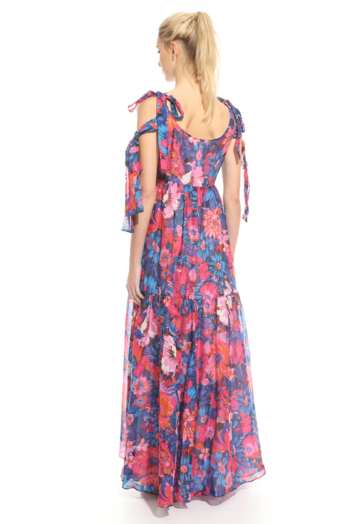 Maxi dress in voilé Intrend