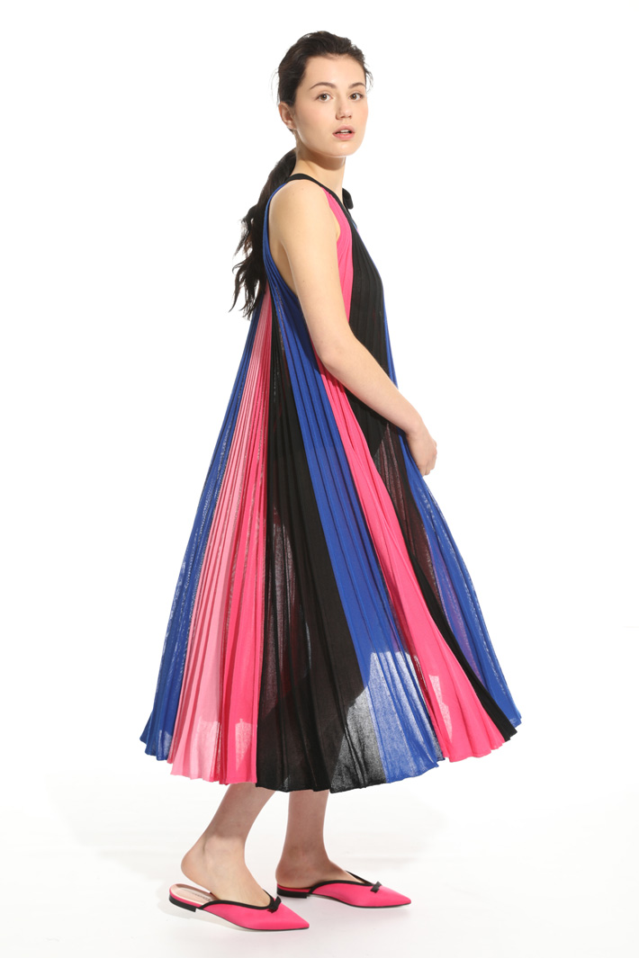 Pleated knit dress  Intrend