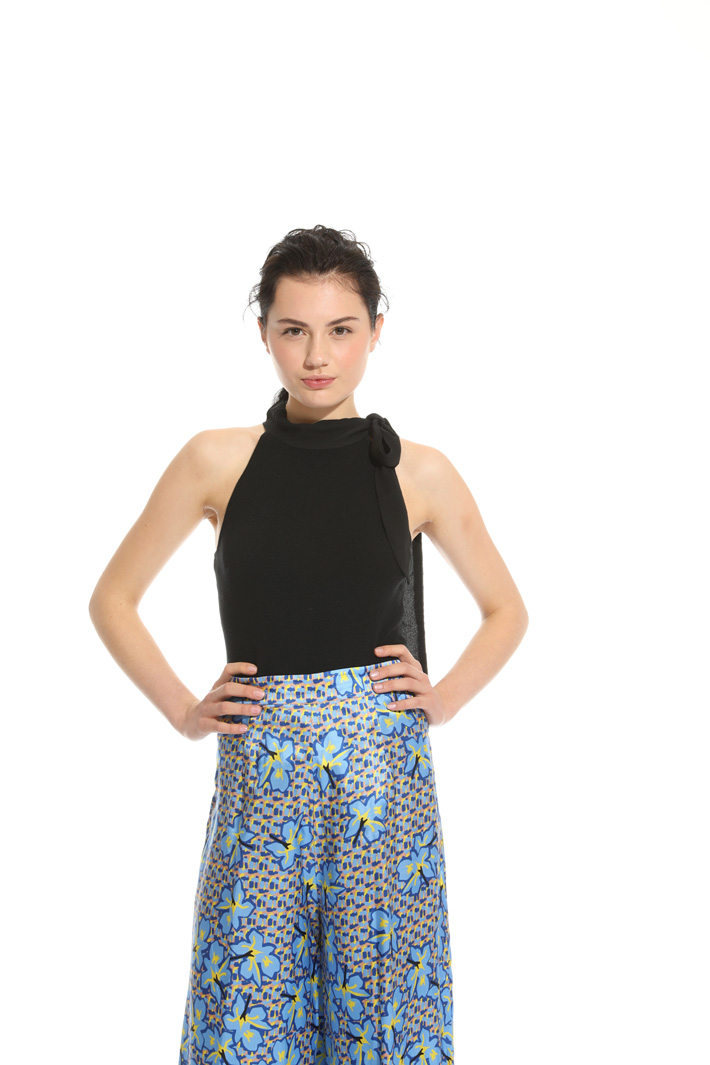 Top in maglia stretch Intrend