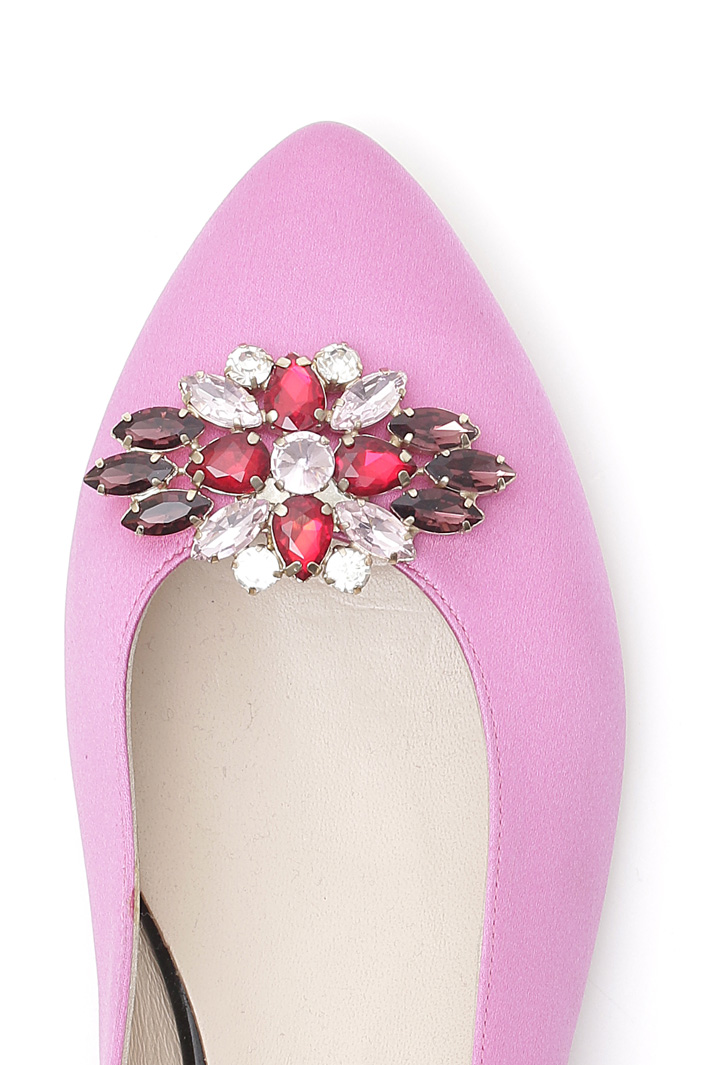 Satin ballerinas with appliqué Intrend