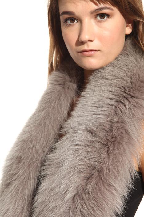 Wide fox collar Intrend