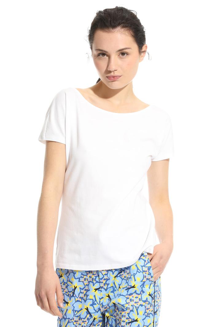 T-shirt con scollo ampio Intrend