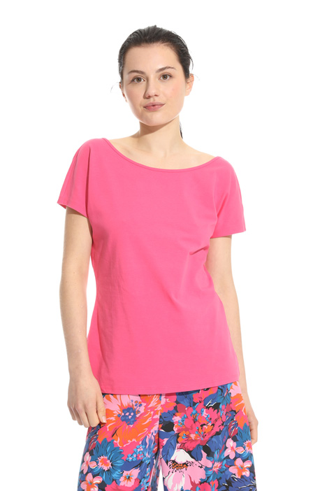 Wide neckline T-shirt Intrend