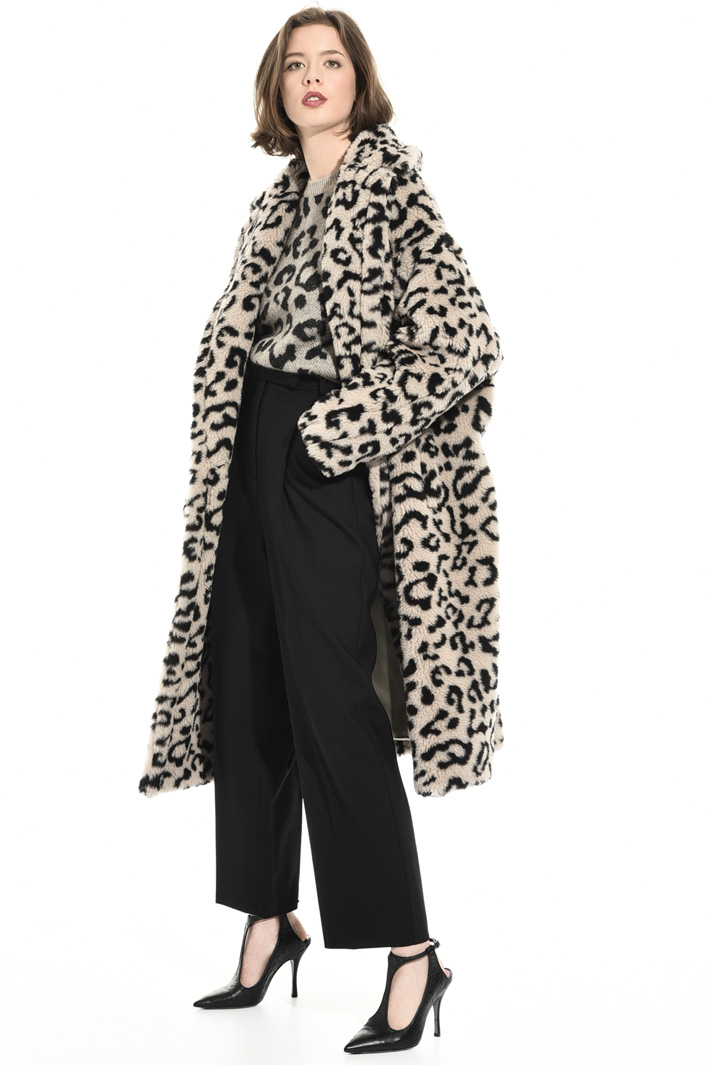 Oversized animal print coat Intrend