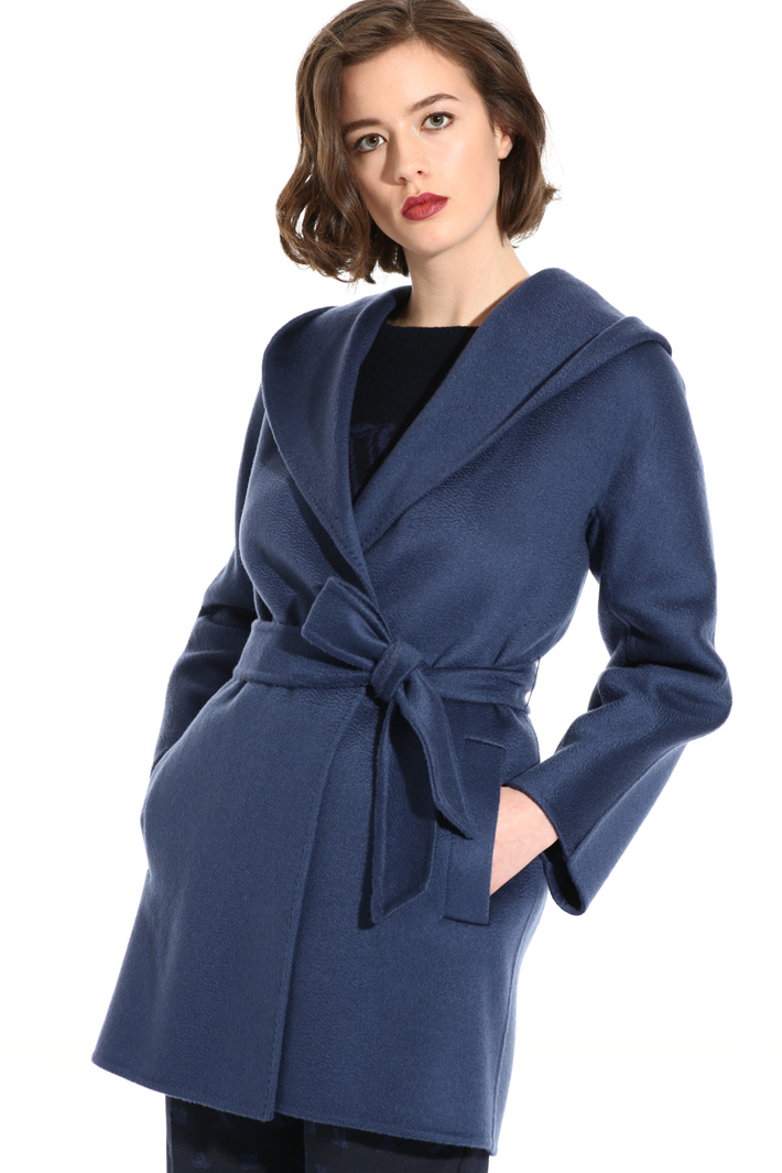 Short cashmere coat Intrend
