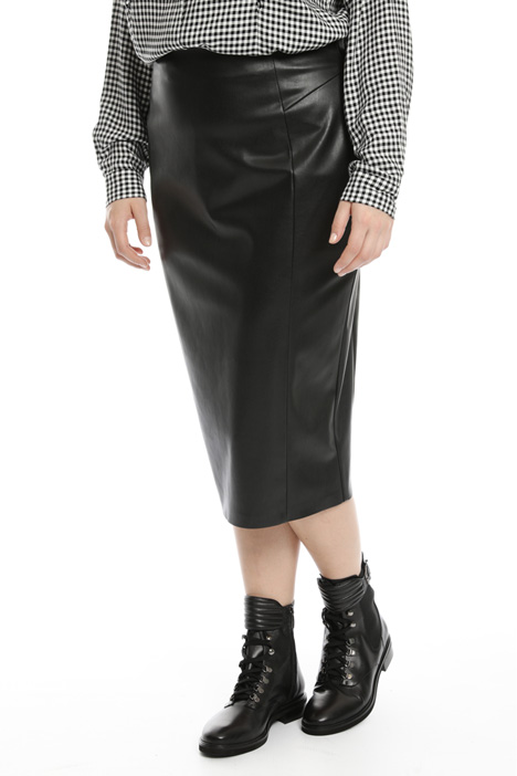 Knee-Length coated skirt Intrend