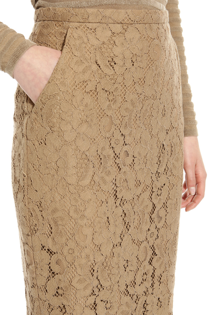 Rebrodé lace skirt Intrend